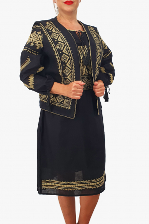 Costum Traditional - Vesta / Rochie / Brau cu model traditional0