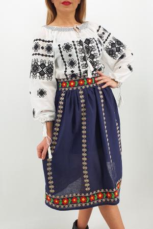 Fusta stilizata cu motive traditionale Ioana2