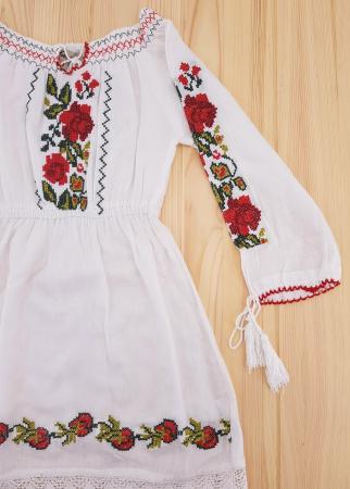 Rochie traditionala fetite Alexandra