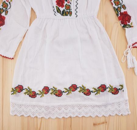 Rochie traditionala fetite Alexandra3