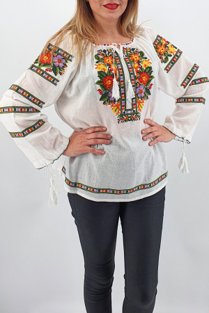 Ie Traditionala Ianina 73