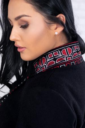 Palton negru cu motive traditionale Viorela4