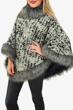 Poncho din lana cu blana 112