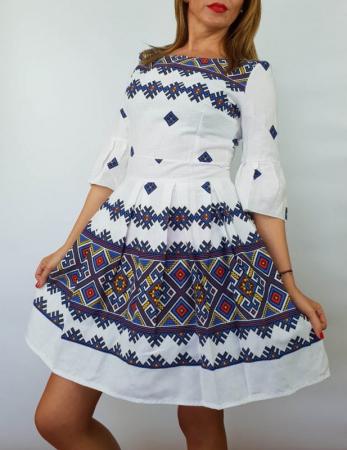 Rochie stilizata cu motive traditionale Nicoleta 40
