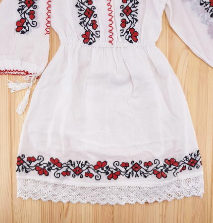 Rochie traditionala fetite Anca1