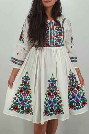 Rochie Traditionala Fiorela 111