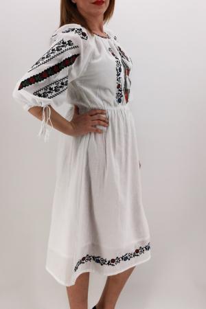 Rochie Traditionala Catrinel1