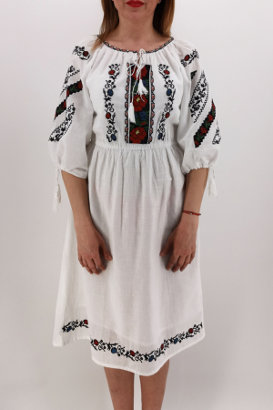 Rochie Traditionala Catrinel3