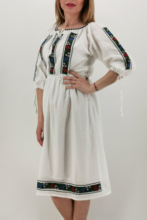 Rochie Traditionala Iasmina1