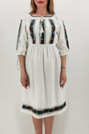 Rochie Traditionala Iasmina2