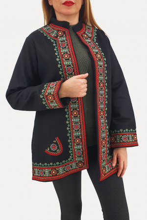 Sacou/Pardesiu brodat cu motive traditionale 40