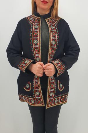Sacou/Pardesiu brodat cu motive traditionale 53