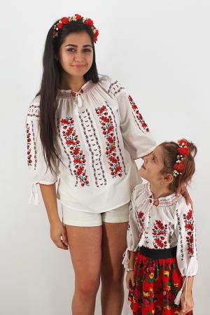 Set Traditional / IE Mama / IE fiica Ermina1
