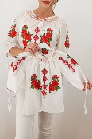 Set Traditional / IE Mama / IE fiica Trandafira 20