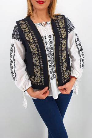 Vesta brodata cu model traditional Alina 23