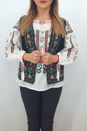 Vesta brodata cu model traditional Suzi 22