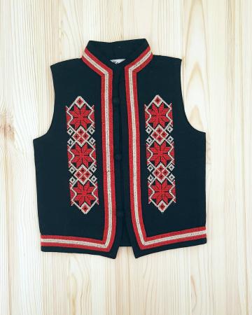 Vesta traditionala baieti - Ionel 2