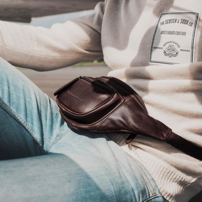 Borseta (marsupiu) de brau The Chesterfield Brand, din piele, model Jack, Maro inchis [1]