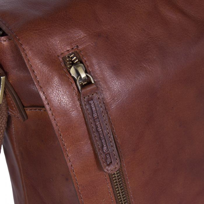 Geanta de laptop din piele naturala, The Chesterfield Brand, Maha 15.4 inch, Maro coniac [3]