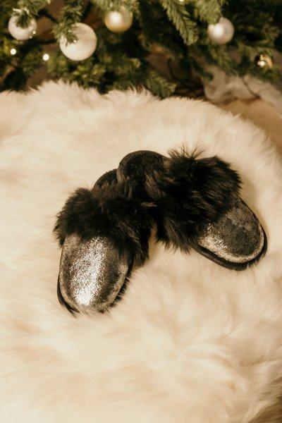 Papuci de casa din blana pufoasa naturala de miel si talpa moale, culoare argintiu [0]