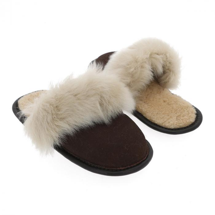 Papuci de casa din blana pufoasa naturala de miel si talpa moale, culoare maro cu bej 2