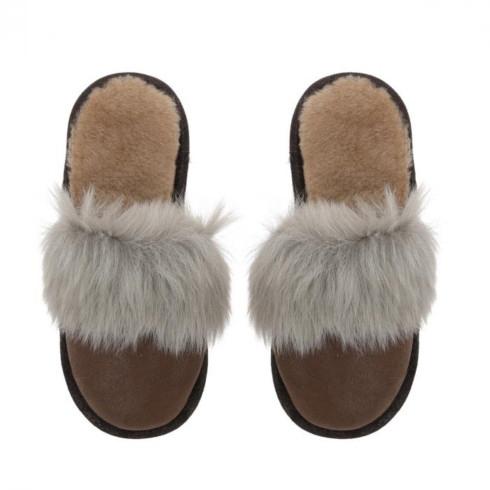 Papuci de casa din blana pufoasa naturala de miel si talpa moale, culoare maro cu gri [1]