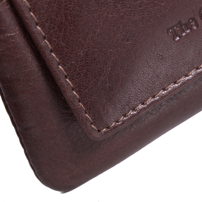 Port chei The Chesterfield Brand, cu protectie anti scanare RFID, din piele moale maro, model cu fermoar, David 2