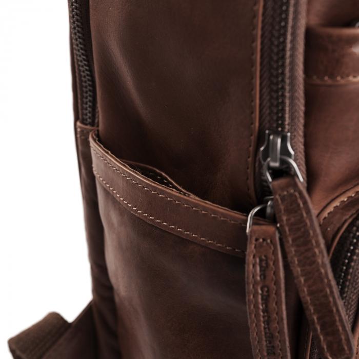 Rucsac pentru laptop de 14 inch si tableta, The Chesterfield Brand, din piele naturala, Austin, Maro inchis [4]