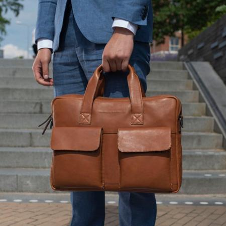 Geanta de laptop din piele naturala, The Chesterfield Brand, Ethan 15.6 inch, Maro coniac [1]