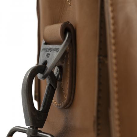 Geanta de laptop din piele naturala, The Chesterfield Brand, Linz 15.6 inch, Maro coniac [4]