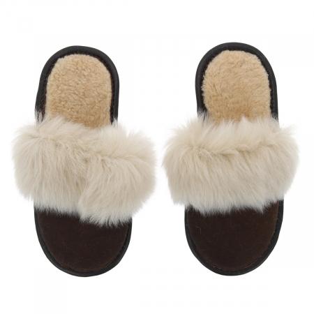 Papuci de casa din blana pufoasa naturala de miel si talpa moale, culoare maro cu bej1