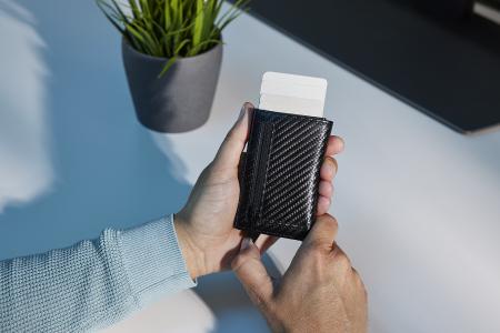 Portcarduri securizat, din piele naturala, cu protectie RFID, Bugatti, Secure Smart Deluxe, Negru carbon [2]