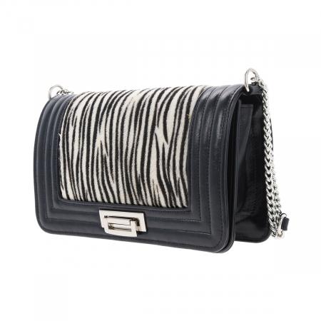 Poseta tip Chanel din piele naturala neagra si model zebra [3]