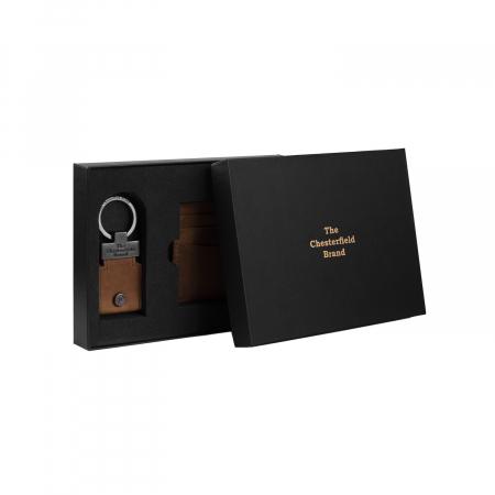 Set cadou pentru barbati cu port card si breloc pentru chei, The Chesterfield Brand maro coniac [1]