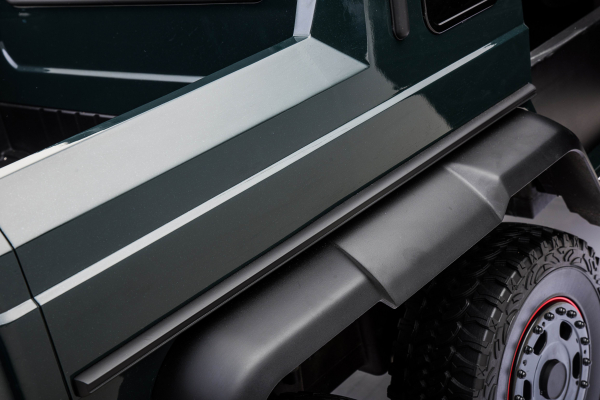 Masinuta electrica Mercedes G63 Solo, 2 baterii 12V, 6 roti cauciuc EVA, 4x4, 1 loc, 4 motoare, negru 26