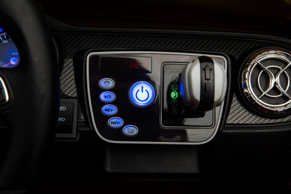 Masinuta electrica 4 x 4 Premier Mercedes X-Class, 12V, ecran LCD, MP4, roti cauciuc EVA, scaun piele ecologica, albastru 12