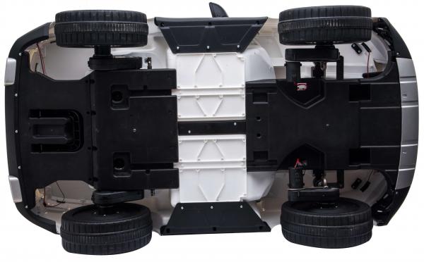 Masinuta electrica Premier Range Rover Vogue HSE, 12V, 2 locuri, roti cauciuc EVA, scaun piele ecologica, alb 29
