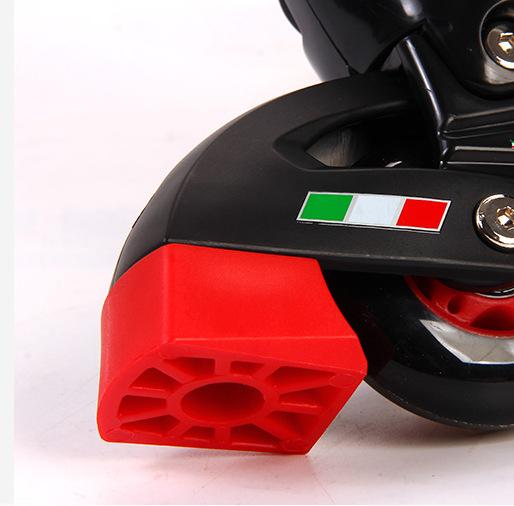 Role Ferrari pentru copii cu roti din silicon 3