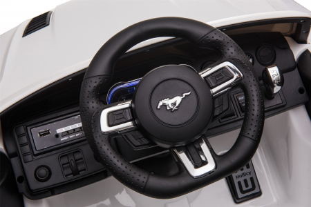 Masinuta electrica Premier Ford Mustang, 12V, roti cauciuc EVA, scaun piele ecologica, alb [24]