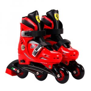 Set role reglabile Ferrari cu casca, genunchiere, cotiere0
