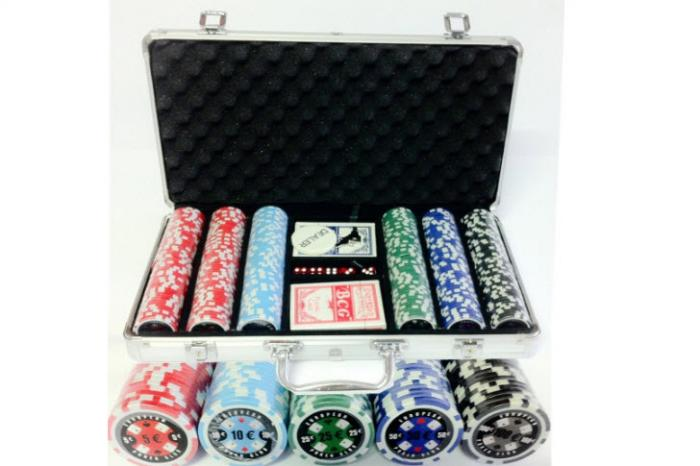 Set poker cu 300 chips-uri ABS 11,5g model EPC si servieta din aluminiu 0