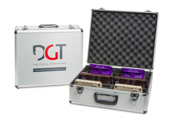 Cutie universala pentru ceasuri DGT 0