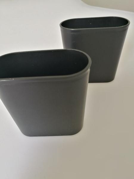 Cupe pentru zaruri din plastic-set 2 bucati 0