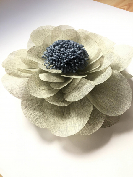 Floare uriasa, diametru 60 cm, gri deschis 0