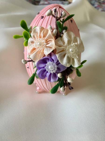 Ou decorativ Paste - fond roz 2