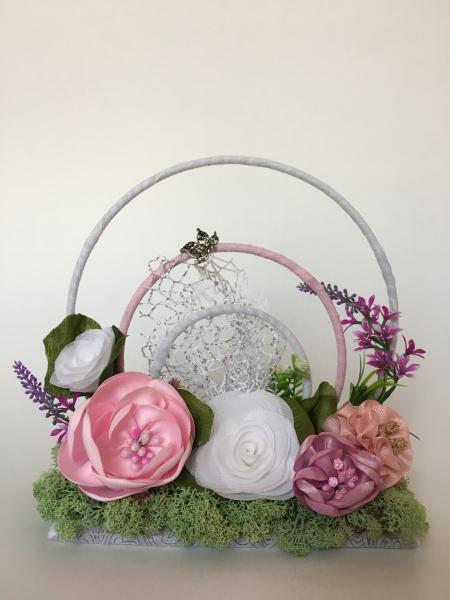 Aranjament  realizat cu flori lucrate manual, unicat 0