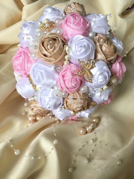 Buchet de mireasa roz-sampanie 1