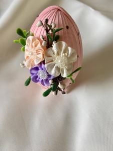 Ou decorativ Paste - fond roz1
