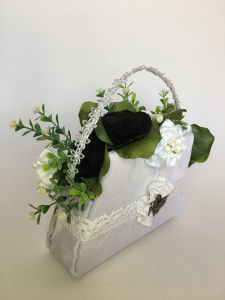"Aranjament handmade  tip poseta ""black&white"", unicat1"