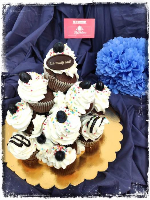 muffin birthday cake tower 1